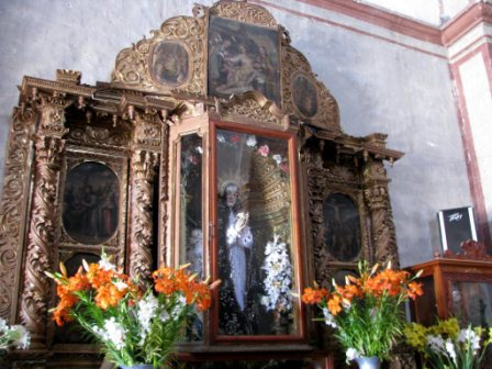 interieur de l'église de Teotitlan Del Valle, Oaxaca, Mexique